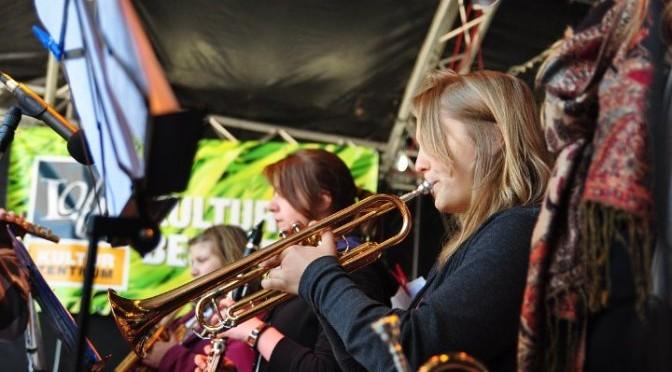 Big-Band auf der Hafenmeile 2012