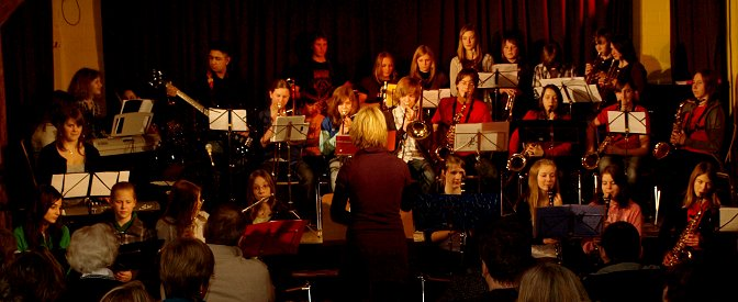 "Big-Band im ""Brakula"""