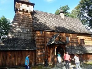 Eine der ältesten Holzkirchen Polens