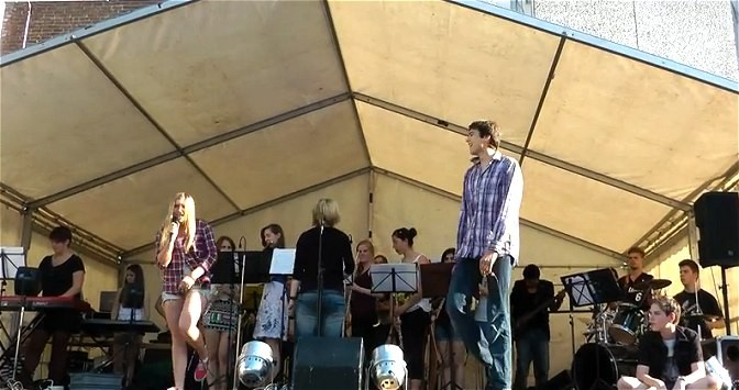 Big-Band beim Bergedorfer Kindertag