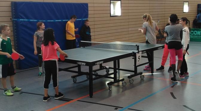 Erstes Tischtennisturnier der 5. Klassen