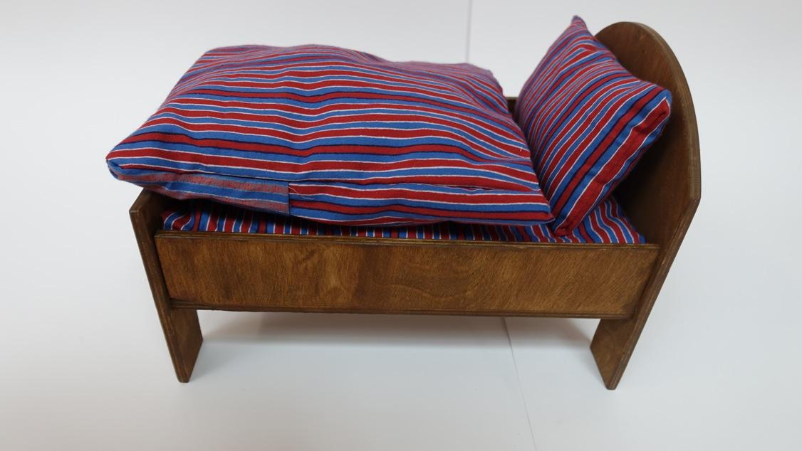 ausstellung gymnasium allerm he. Black Bedroom Furniture Sets. Home Design Ideas