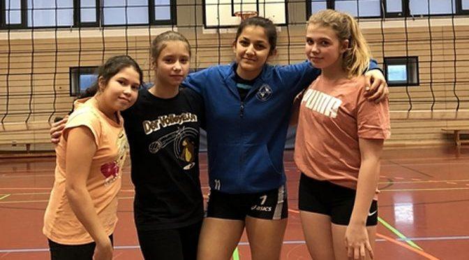 Volleyballerinnen erreichen Finalrunde