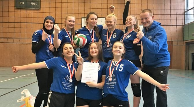 Volleyballerinnen holen Silber